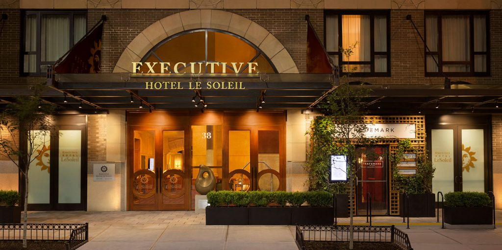Executive hotel le soleil s guide to dog friendly spots for New york pet friendly hotels
